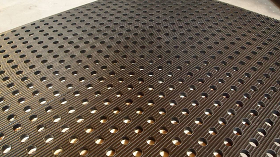 【防滑橡胶地垫】什么是橡胶防滑地垫,防滑橡胶地垫哪种好