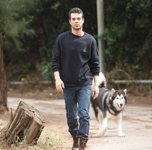 【DAKAR男装品牌】男人的魅力,来自奔放的荒野