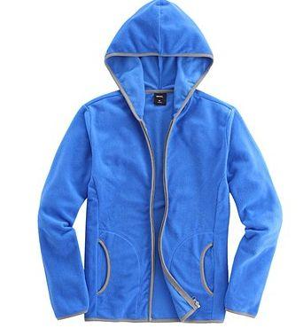 卫衣的历史来源与其发展  蓝色卫衣