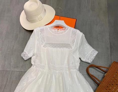 夏季連衣裙時尚搭配,這樣的穿搭不容錯過!