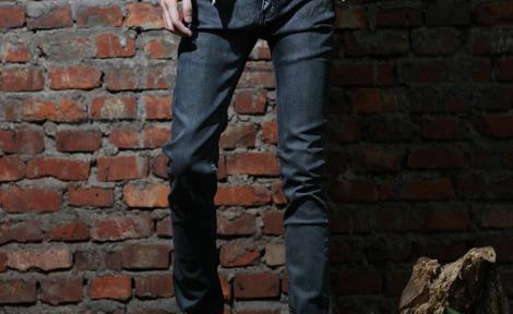 【黑色牛仔裤怎么洗涤】黑色牛仔裤怎么洗比较好洗,黑色牛仔裤用什么方法比较好洗