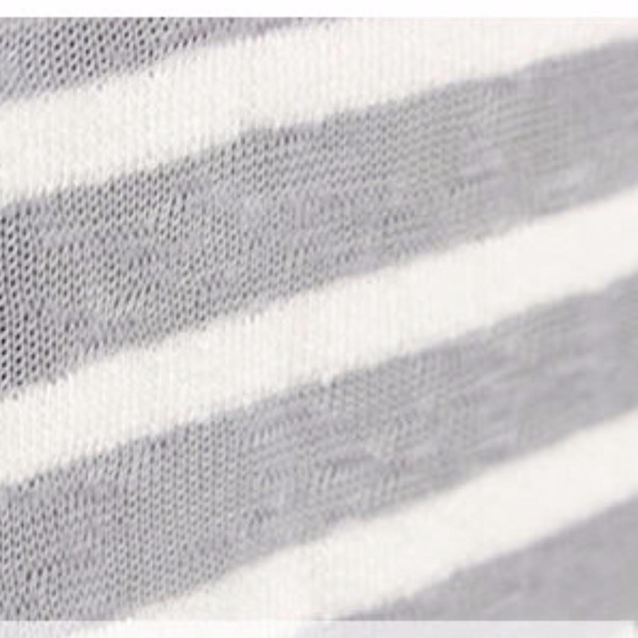 厂家直销单面条纹防晒衫布料 春夏季新款条纹微透空调衫针织面料