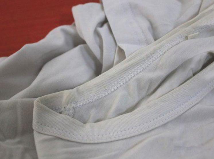衣领污渍的清洗 衣领