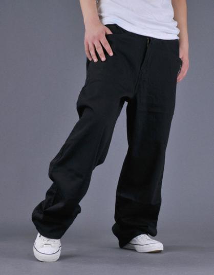 【O型腿适合穿什么裤子】什么裤子能巧妙修饰腿型