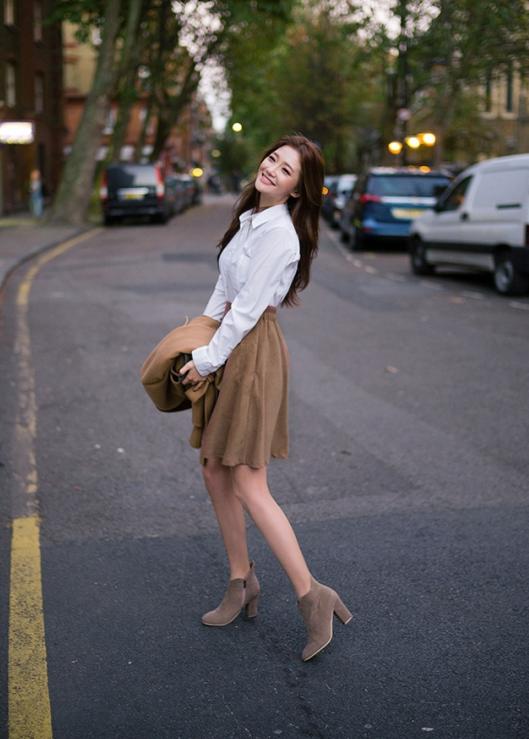 【梨型身材怎么穿搭比较时尚】每天都不重样的美