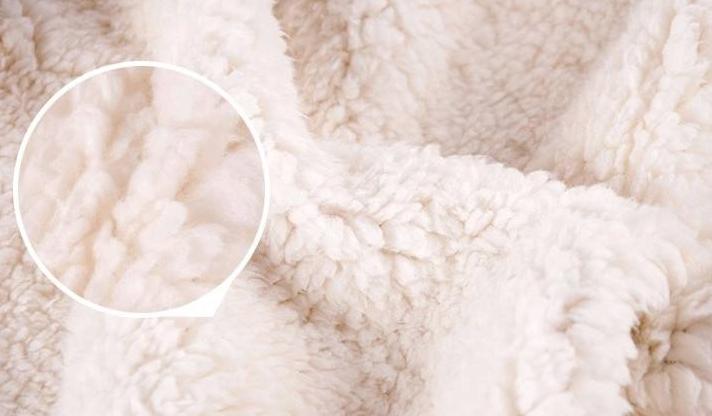 【羊羔绒面料是什么】羊羔绒是不是羊绒 羊羔绒面料有什么特点