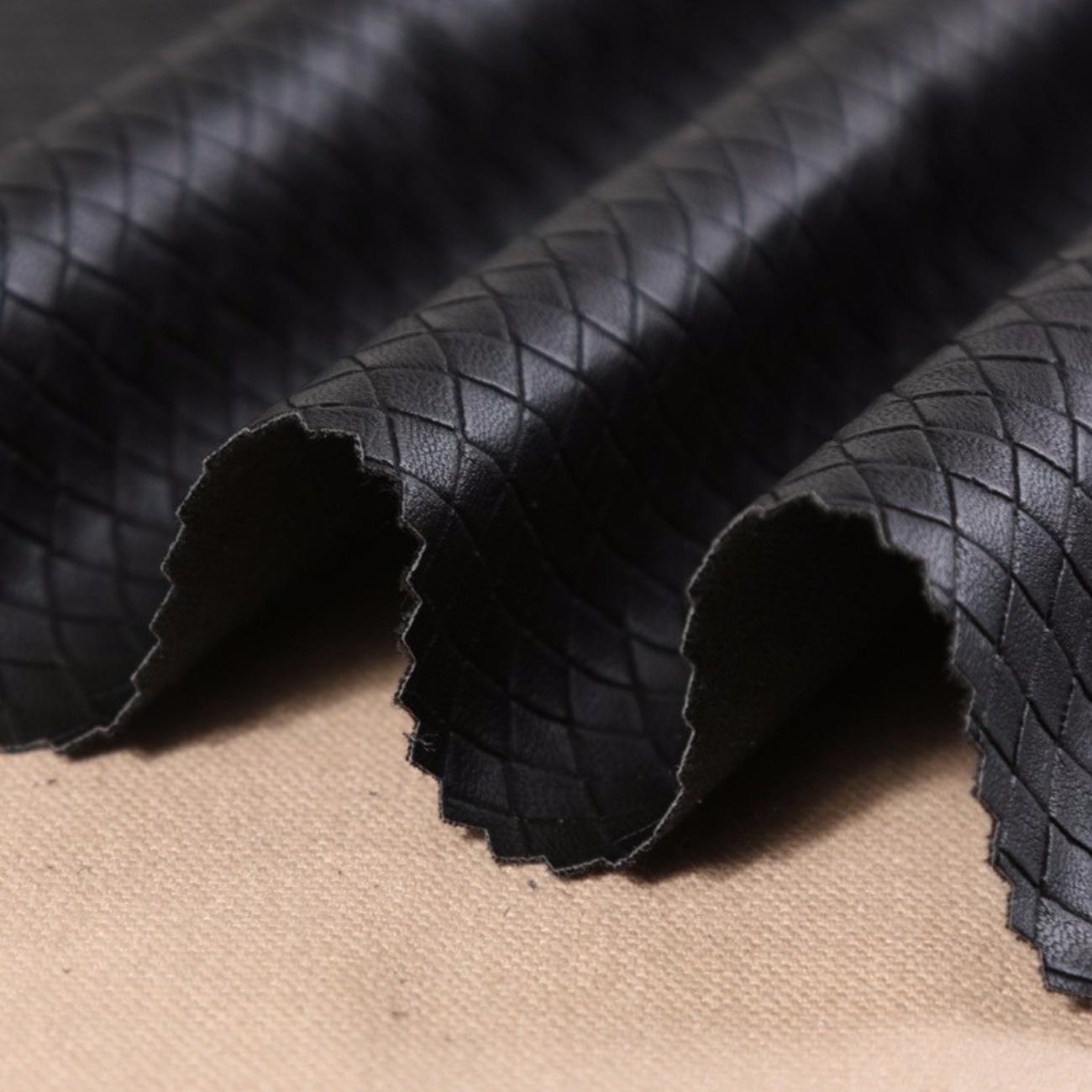 皮革 格子无弹涂层皮衣风衣皮裤细腻防水 70928-5